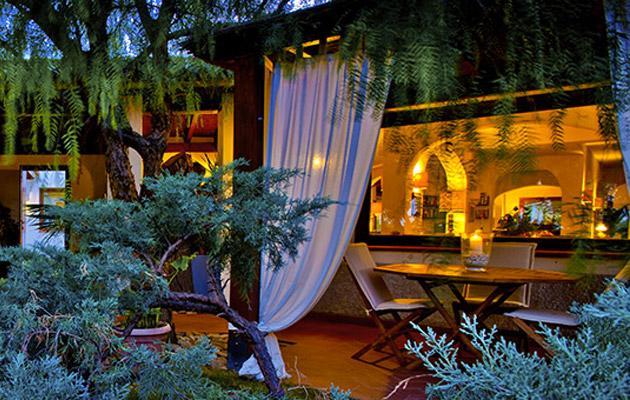 Nora Club Hotel